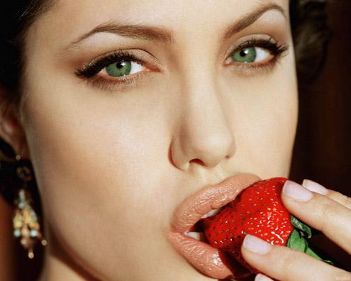 Анжелина Джоли, макияж для зеленых глаз, зеленый макияж